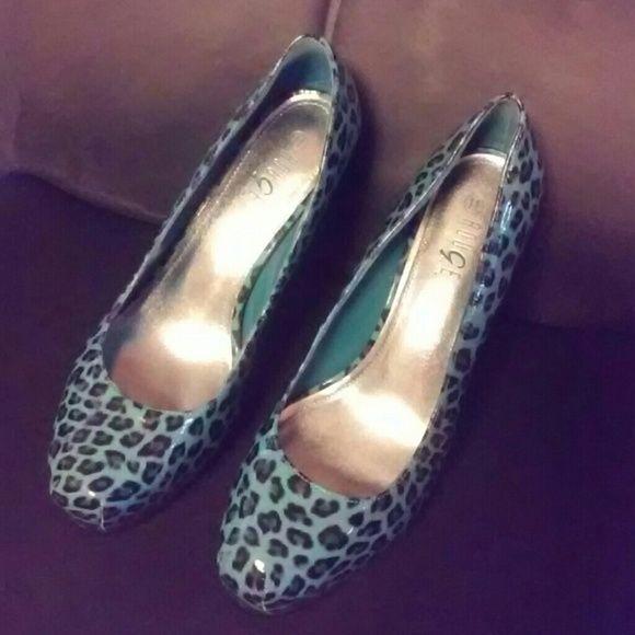 Rouge blue/black high heel shoes Size 11 ladies shoes Shoes Heels