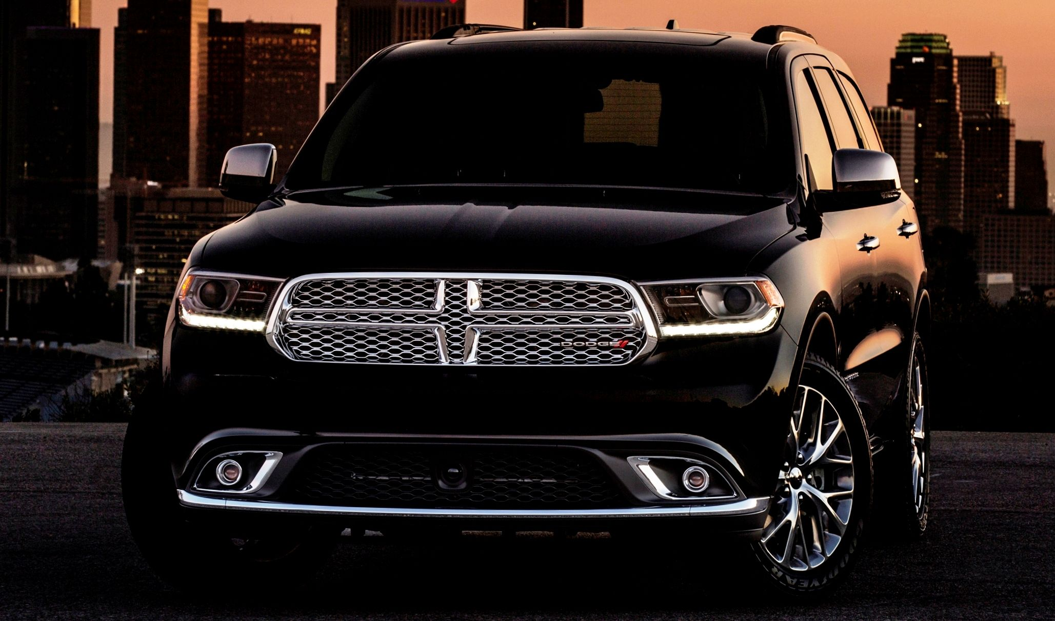Best of Awards  Coolest SUV Stance  Dodge Durango Rallye and