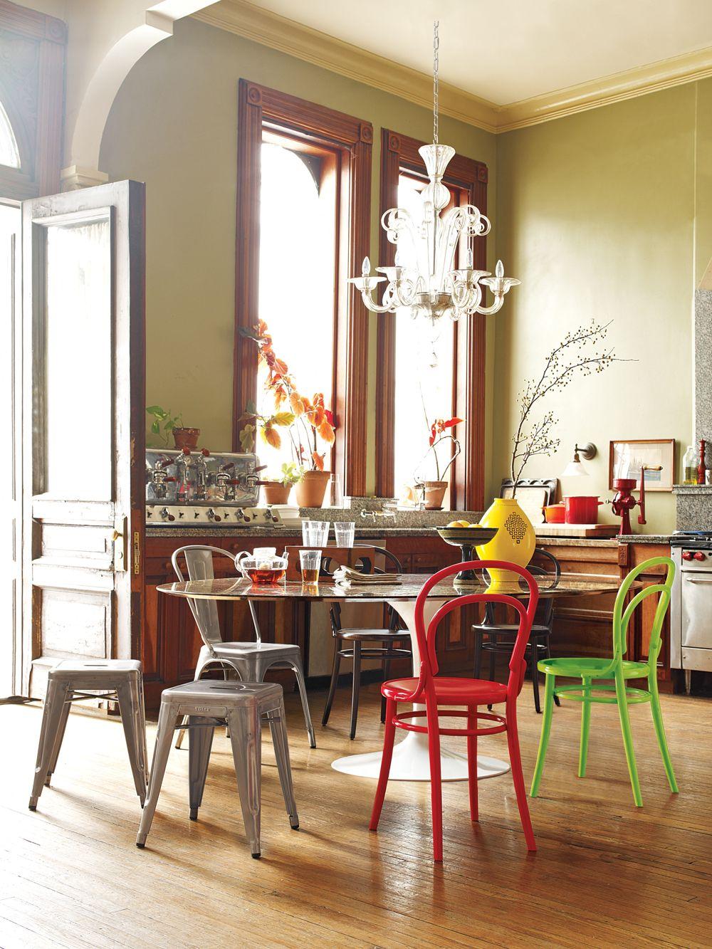 design within reach saarinen round dining table pinterest