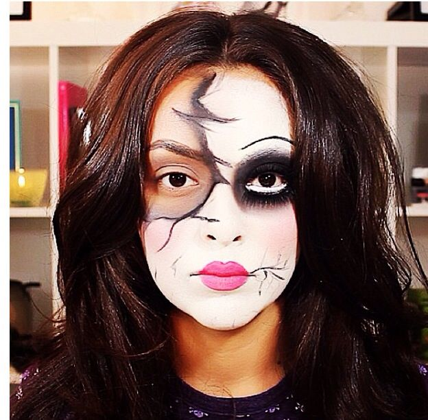 Doll makeup/ Halloween makeup ideas   Your face is a canvas ...