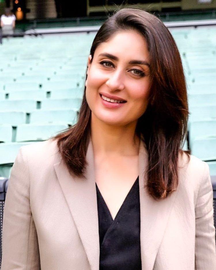 "Kareena Kapoor Khan Fanclub. on Instagram: ""her smile to ..."