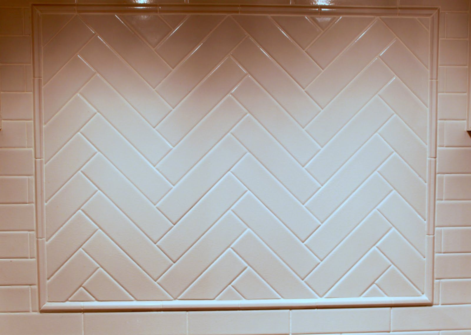 Timeless And Classic Backsplash With Dark Cabinets Herringbone Backsplash Trendy Kitchen Backsplash