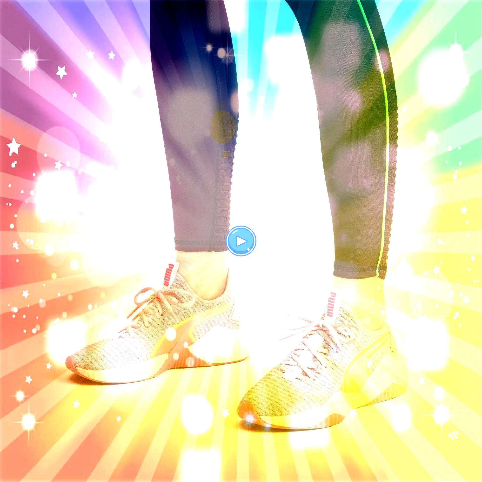 Womens Trainers in Bridal RoseWhite size 75 PUMA Defy Damen Sneaker in Bridal Rose  Weiß Größe 75PUMA Defy Womens Trainers in Bridal RoseWhite size 75 PU...
