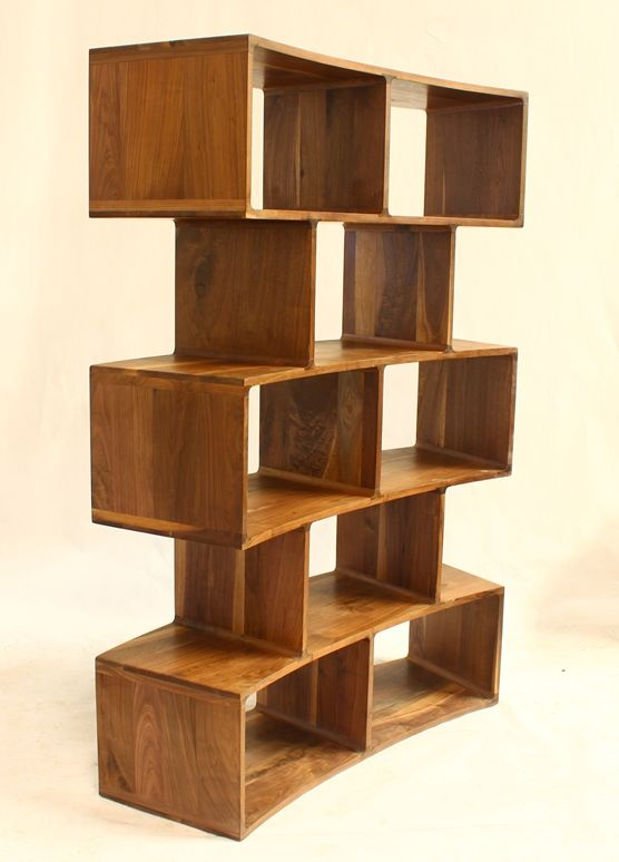 Librero curve madera 100 de nogal perfecto para dividir for Diseno de libreros para espacios pequenos