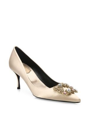 ROGER VIVIER Flower Strass Buckle Satin Point-Toe Pumps. #rogervivier #shoes #pumps