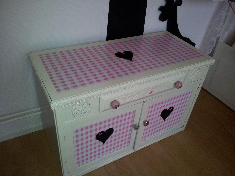 Brocante Kast Kinderkamer : Lieve wit roze kast kinderkamer brocante vintage by trynemien