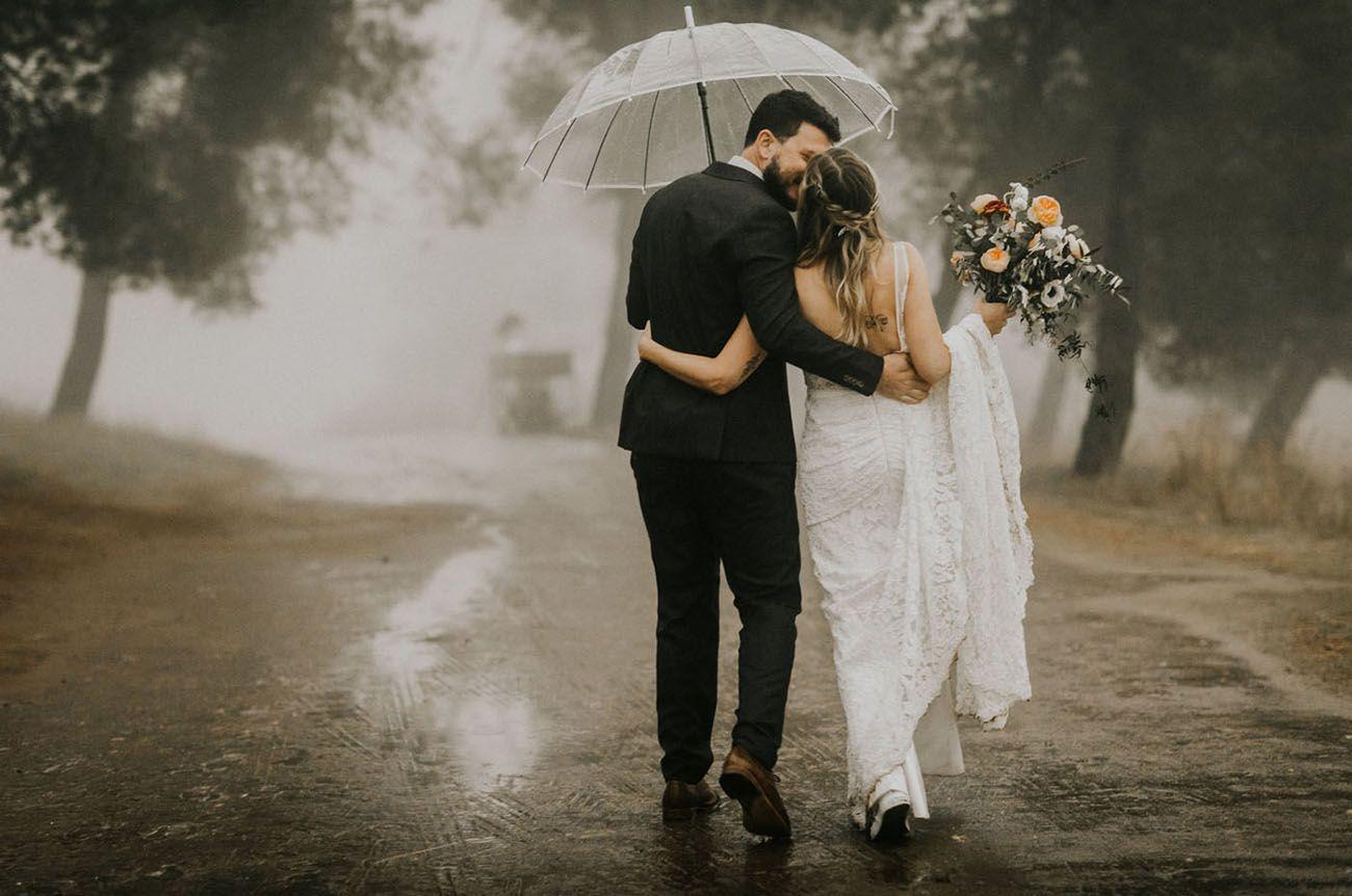 7 Rainy Wedding Photoshoot Inspirations 5