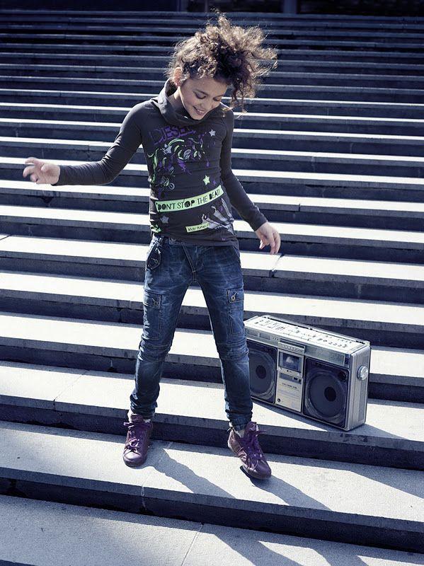 Diesel Kid Street Fashion, Vestido de Rodar