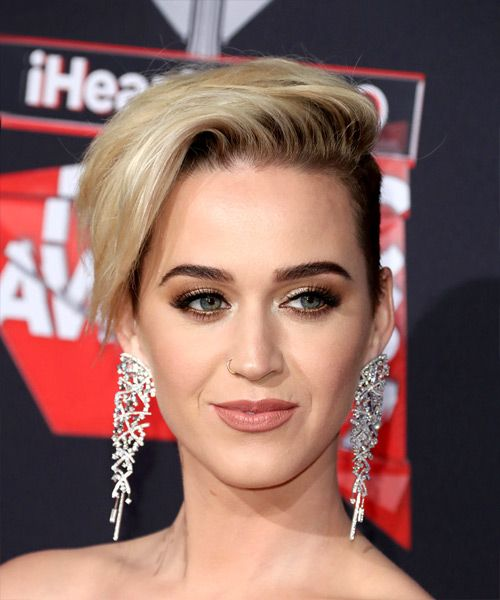 Katy Perry Hairstyles For 2018 In 2019 Funky Hairstyles Katy