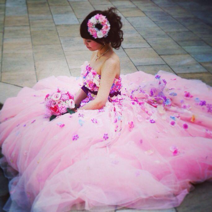 お花いっぱいドレスの花嫁様