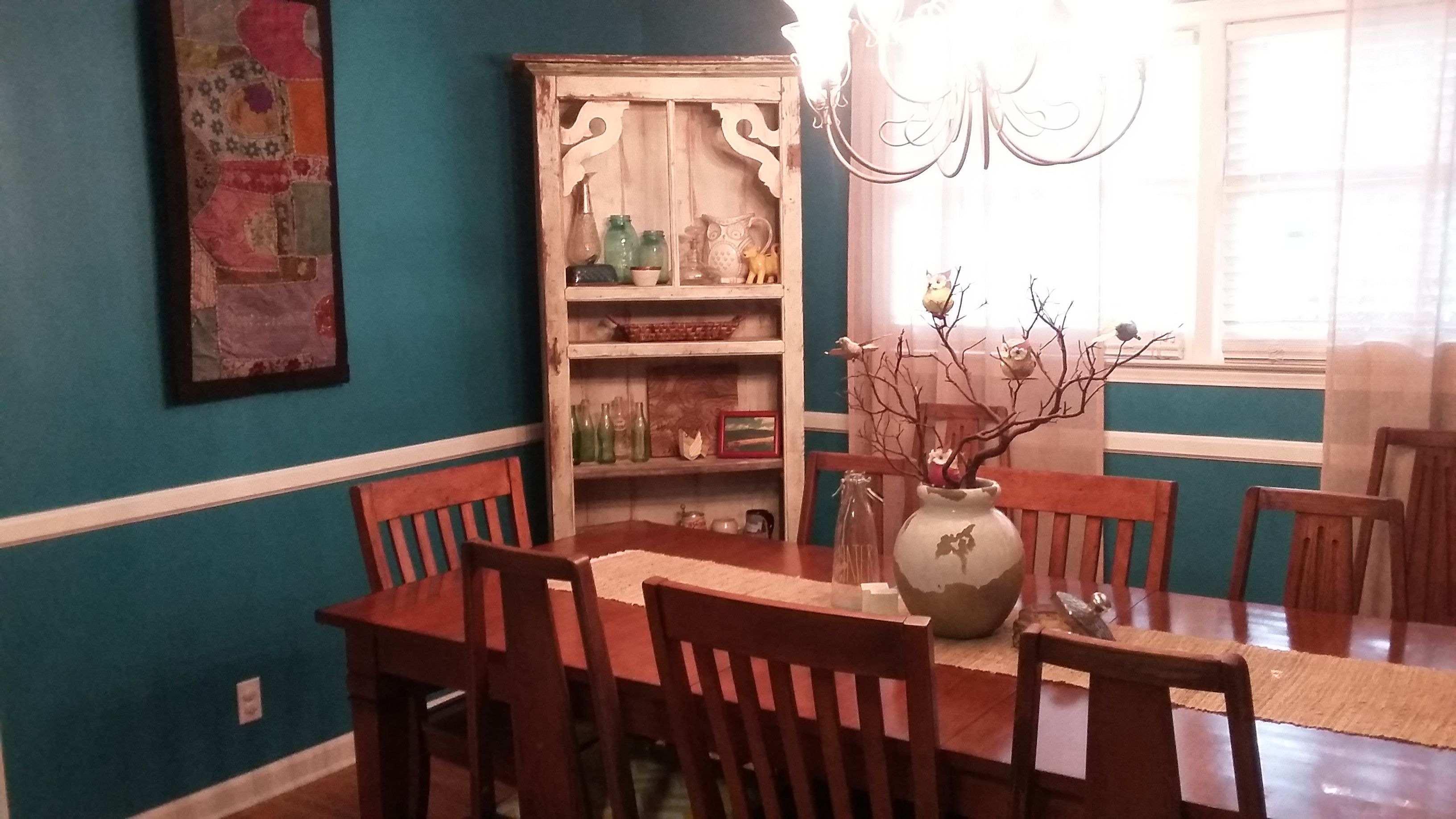 Dining Room Makeover Using Sherwin Williams Gulfstream