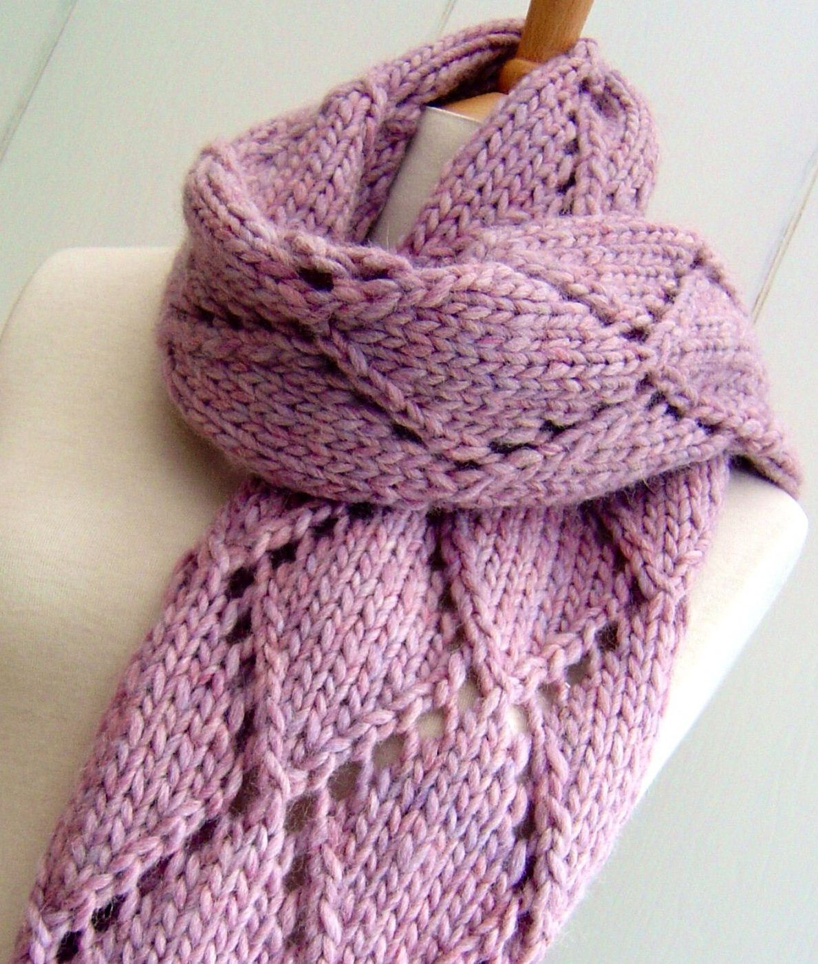 Knitting Pattern for Easy Diamond Lace Scarf - Quick knit in super ...