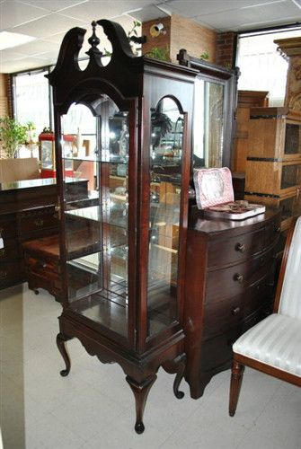 Superieur Fine Queen Anne Style Jasper Cherry Lighted Curio Cabinet $2500 | EBay  Cabinet, Queen Anne