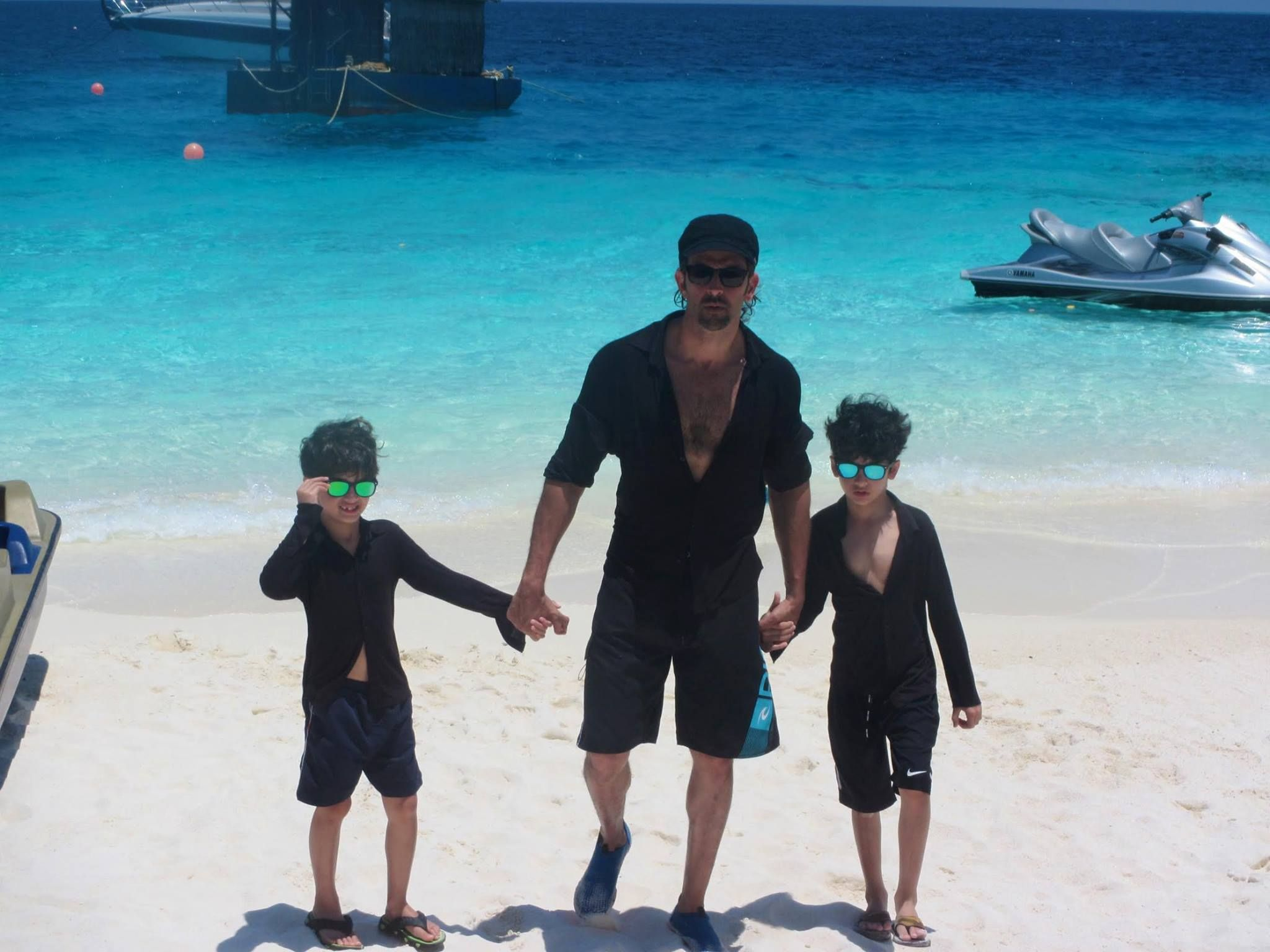 Here Are 10 Hottest Celebrity Dads Who Still Make Us Drool! 3