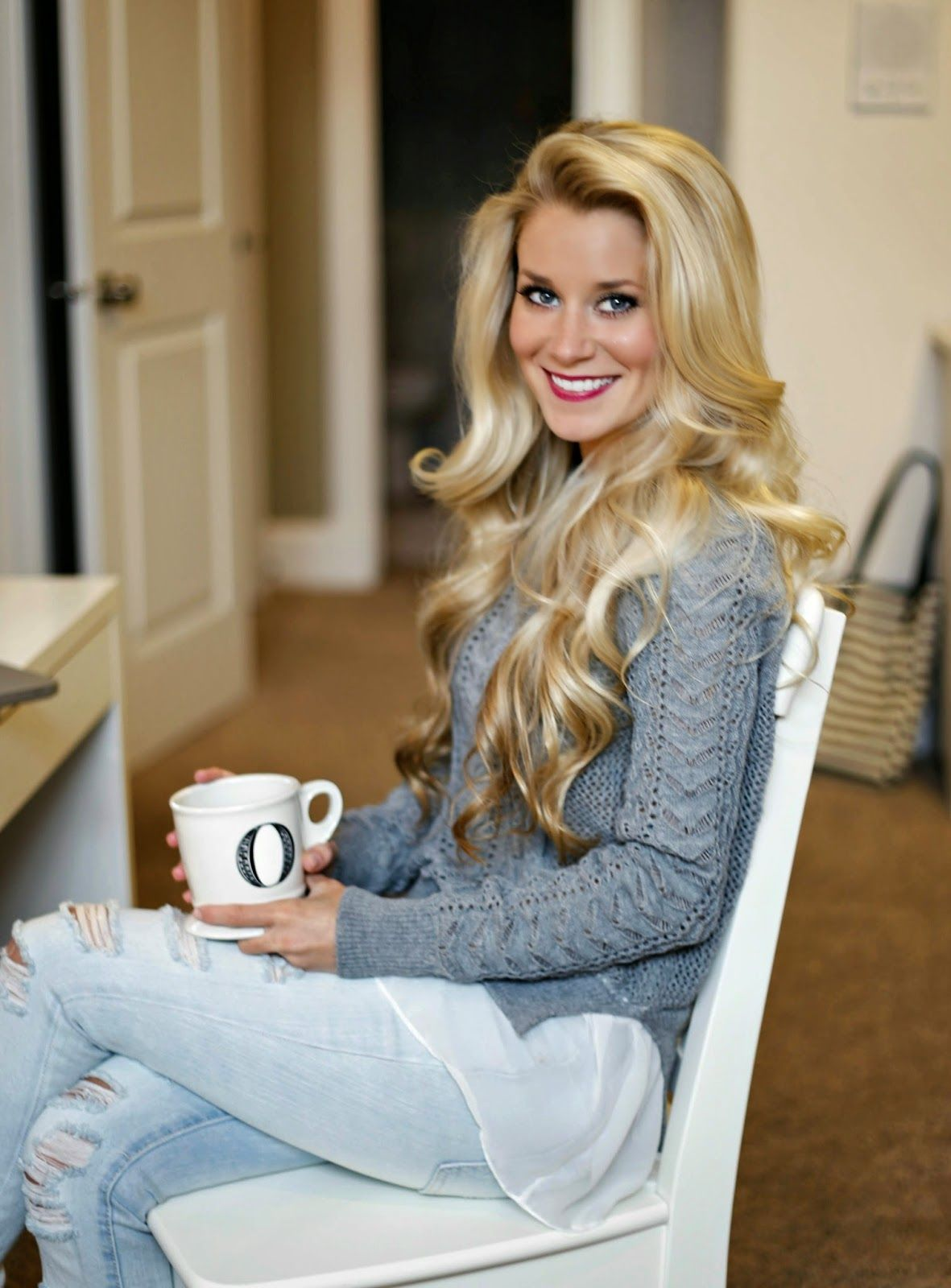 Cozy Sweater Blonde Curls Oliviarink Com Oliviarink