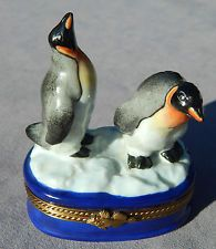 Limoges Hinged Trinket Box - Two Penguins on the ice - Hand Painted --Fish Latch