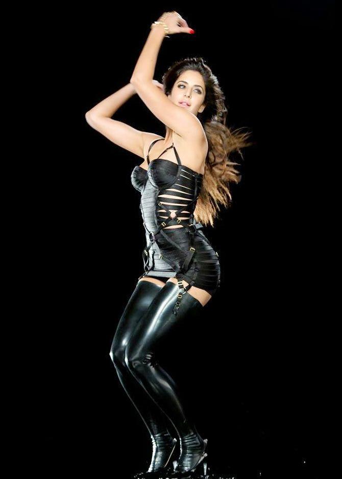 Katrina kaif sexy dhoom 3