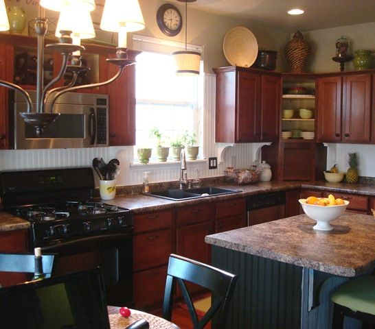 Design For Kitchen With Beadboard And Chairrail: Backsplash Kitchen White Cabinets