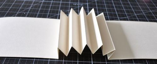 Accordion book tutorial from Graphic 45.
