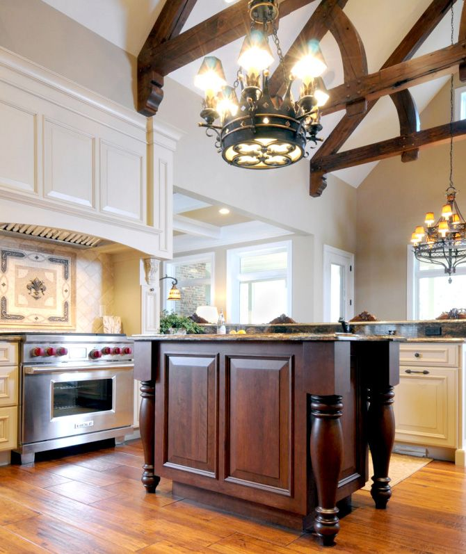 White Kitchen Vaulted Ceiling: Vaulted Ceiling Kitchen Remodel With White Painted Dura