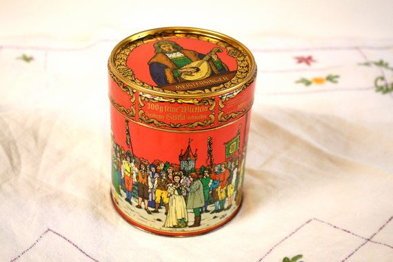 Hey, ho trovato questa fantastica inserzione di Etsy su https://www.etsy.com/it/listing/222118770/vintage-german-tin-box