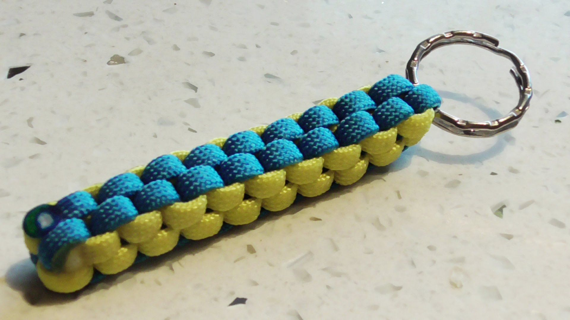 How To Make A Crown Sinnet (Box Knot) Paracord Keychain ...