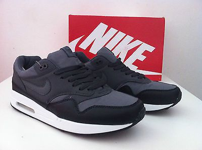 NIKE AIR MAX 1 ESSENTIAL - NEW - 2014 - SIZE 8 9 10