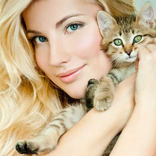 5 health benefits of owning a pet (like this adorable kitten!): http://www.womenshealthmag.com/health/pet-therapy
