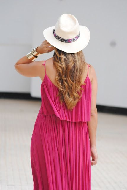 Just pink. http://www.fashion-south.com/2015/08/just-pink.html