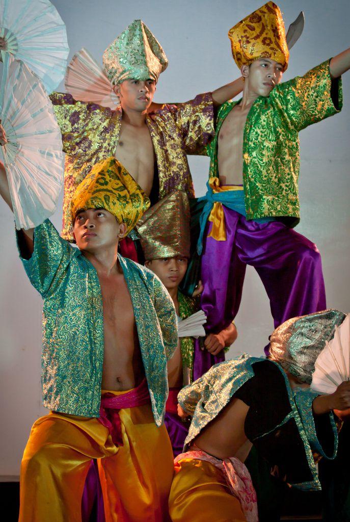 Traditional Filipino Clothing   Beautiful Philippines