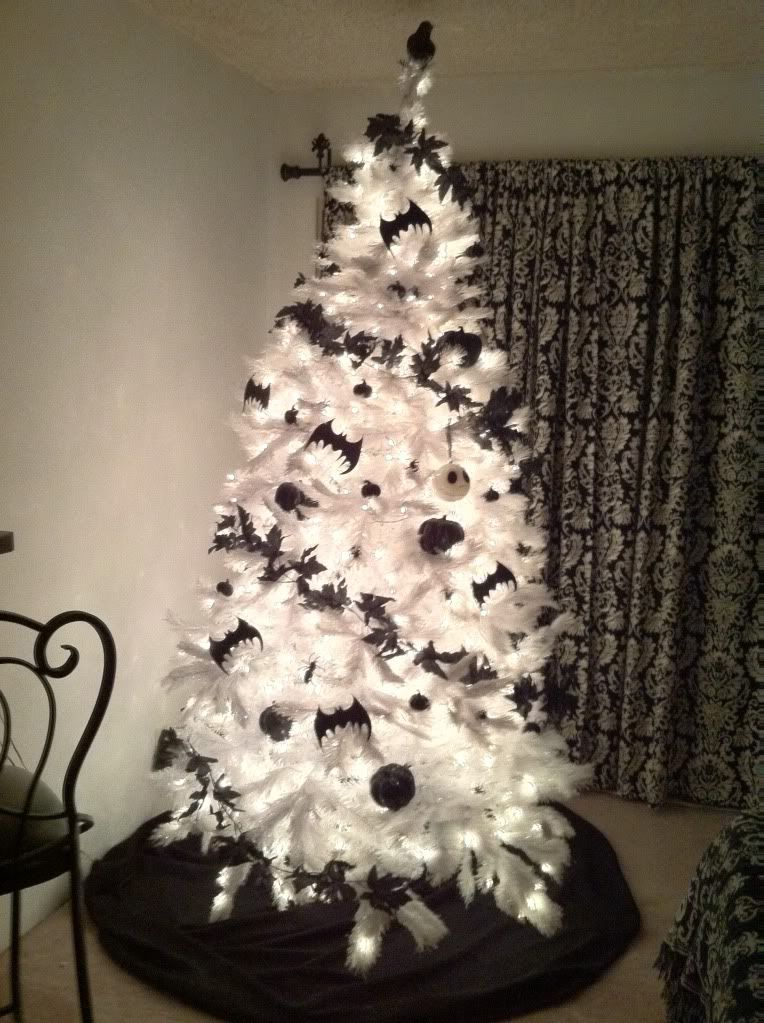 Nightmare Before Christmas Tree | Black christmas trees ...