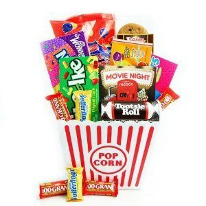 Birthday gift: Redbox Movie Night Snack Gift Basket #movienightgiftbasket Birthday gift: Redbox Movie Night Snack Gift Basket #movienightsnacks