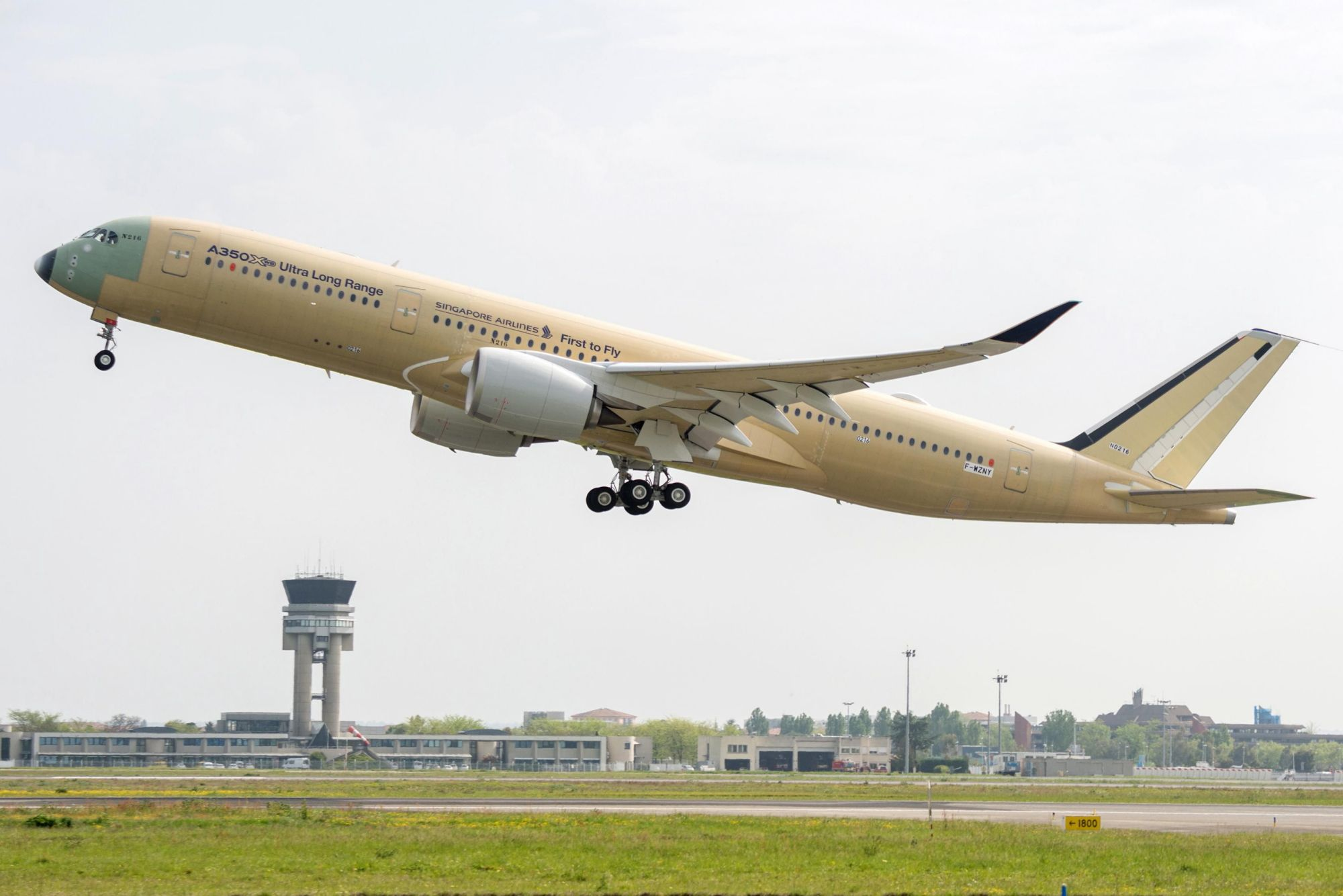 Singapore Airlines has ordered seven A350900 Ultra Long