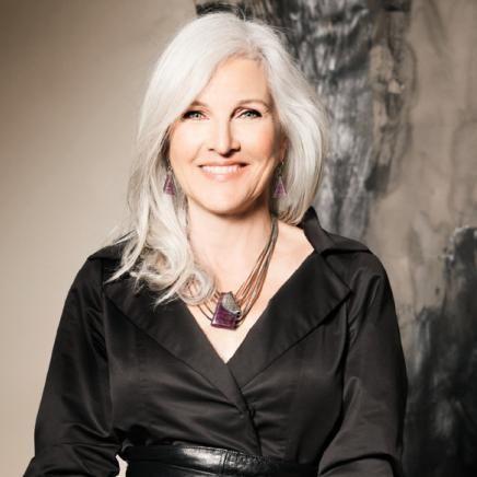 ANNE-MARIE CHAGNON Collection LUV Automne-Hiver   Fall-Winter Collier/necklace: CALA 03- mauve/purple   Boucles d'oreilles/earrings: LIRIO 06- mauve/purple