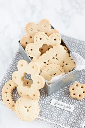 Lace Cookies Recipe by KatChris