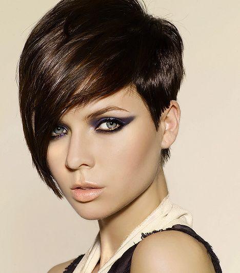 77de18c7b9 14 szexi frizura rövid, kevés hajból | femina.hu | frizurák | Short ...
