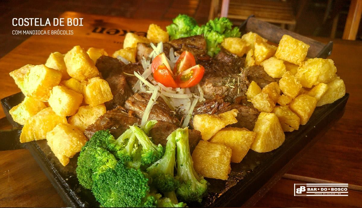 Bar do Bosco - Costelinha de boi com mandioca e brócolis
