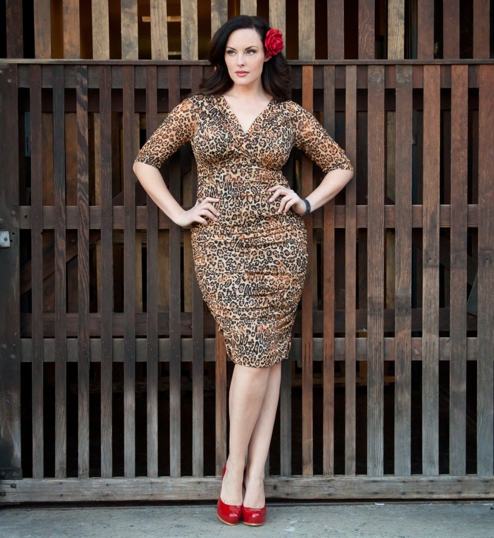 Betsey Ruched Dress. Up to 5x and various colors/patterns curvy plus size dress