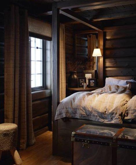 A Dark Cozy Moody Masculine Bedroom Lots Of Wood Dark: Mökki,Makuuhuone