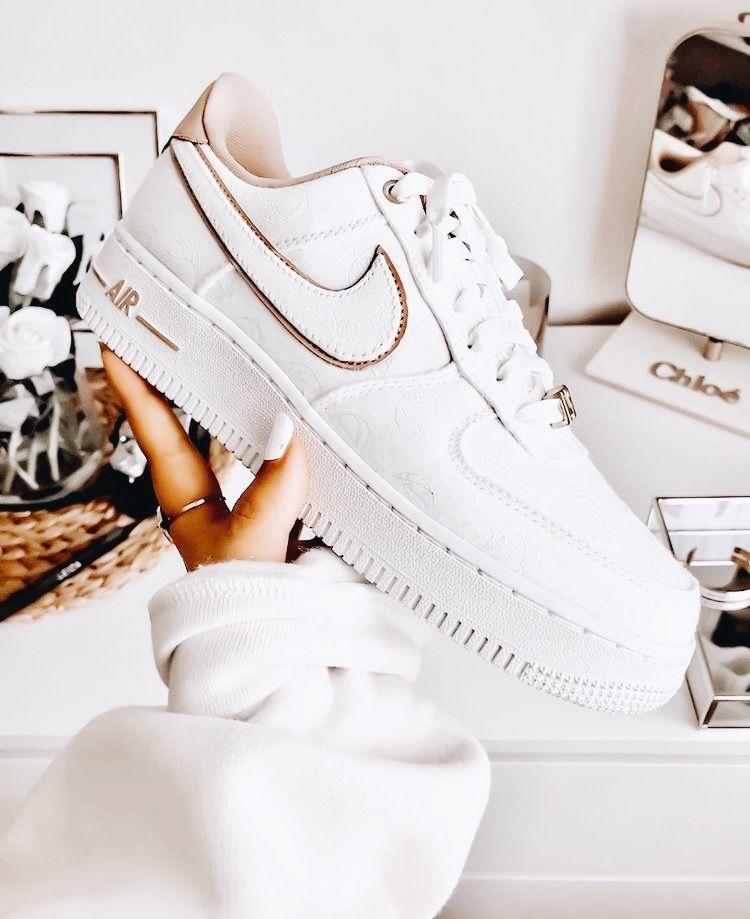 Buy adidas Yeezy Shoes & Deadstock Sneakers