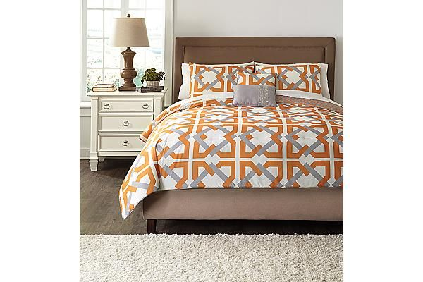The Zaya Queen Comforter Set From Ashley Furniture Homestore Afhs