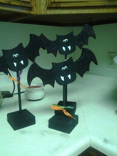 Wood creations/ 3 bats