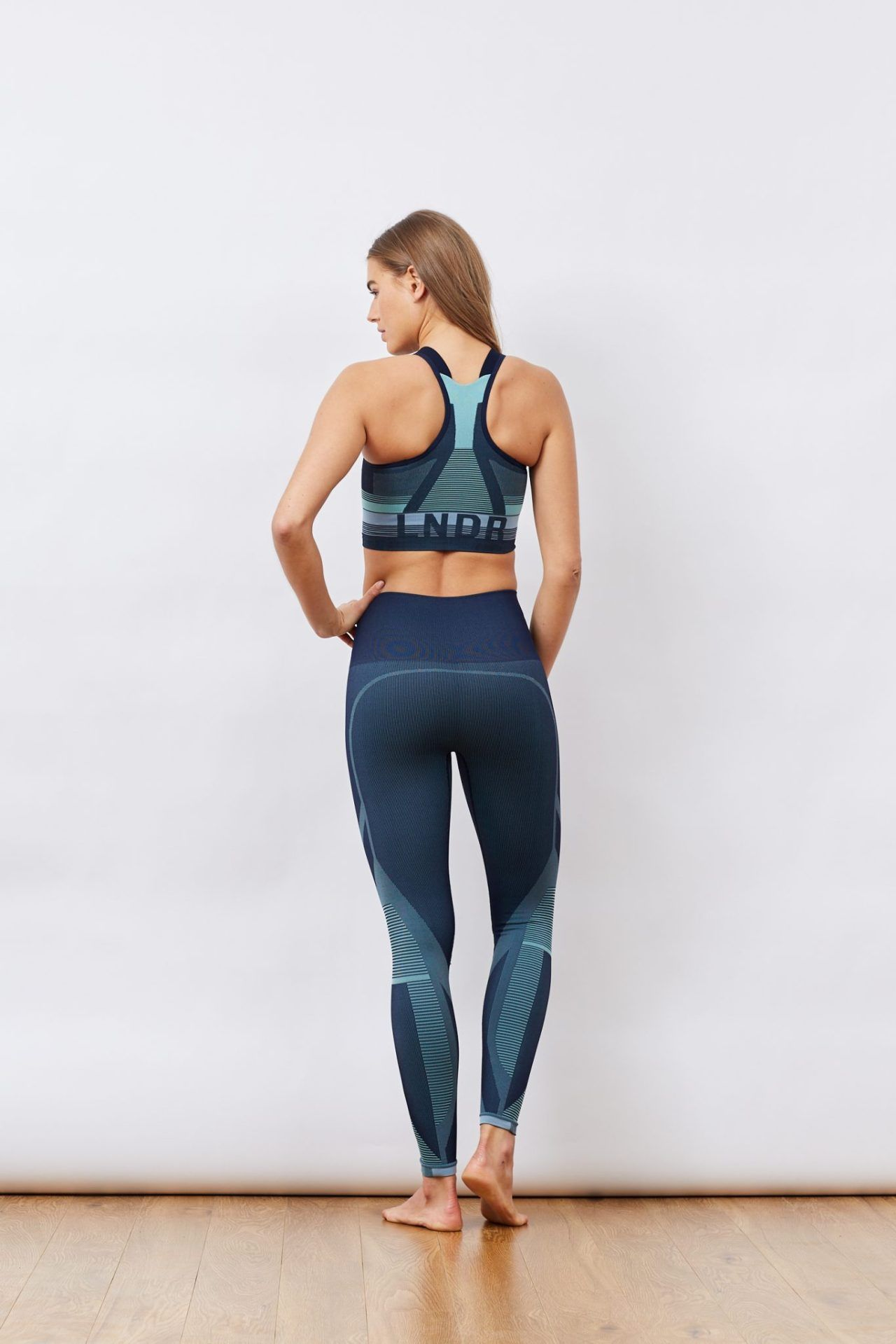 bced02a5ef2c33 LNDR Spectrum Leggings   Fashercise, activewear for the stylishly fit!