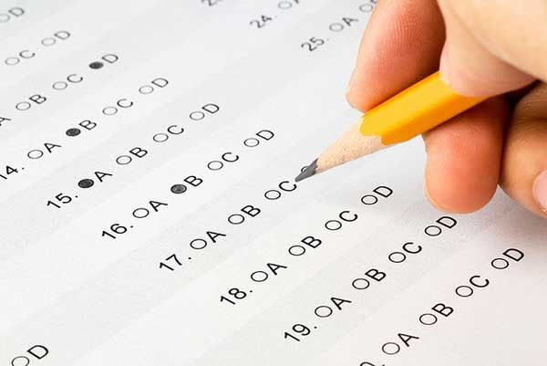 Some great tips from an experienced elementary teacher - Help Your Kids Learn How to Take a Test