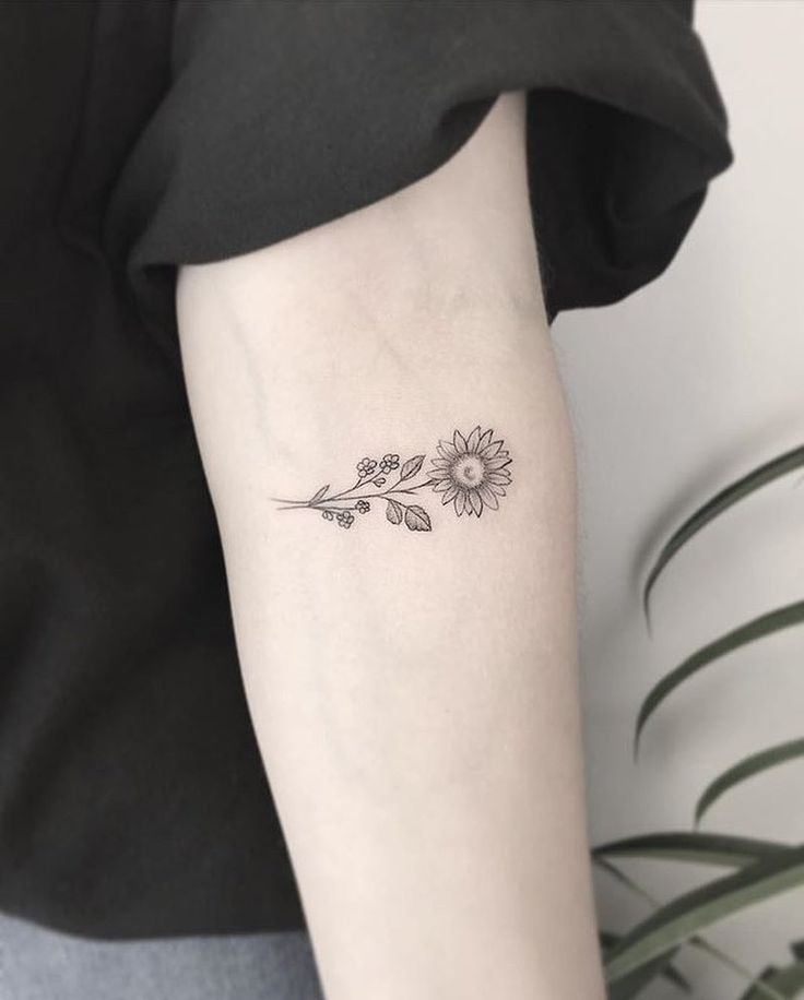 OCK LOCK & KEY Instagram on Instagram: Sunflower by @jt_tattoo #worces
