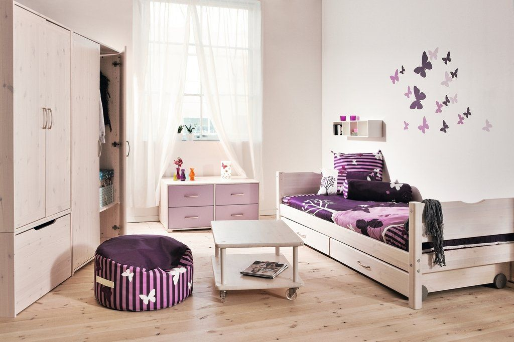cuarto de ni a decorada en color violeta con alma de ni os pinterest decoracion