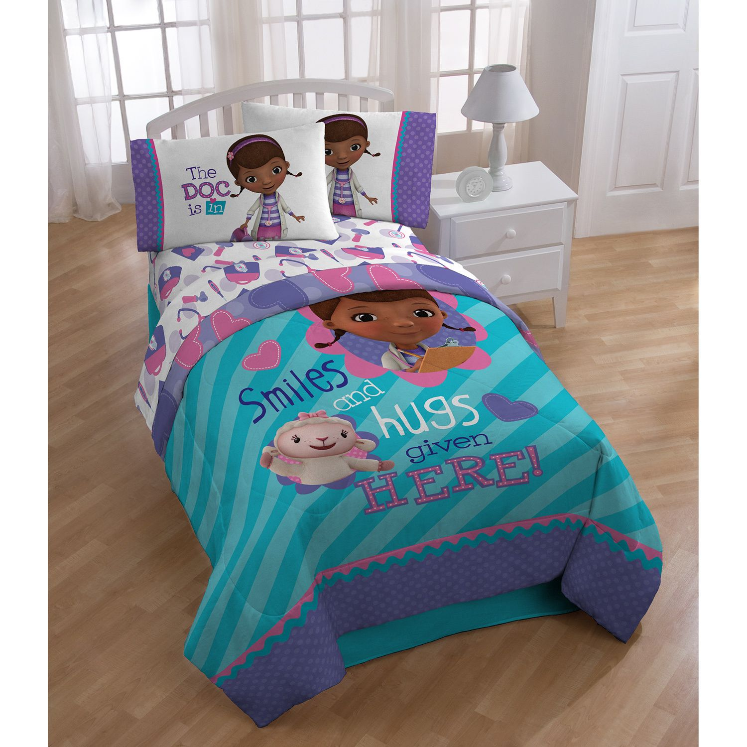 Soft And Cuddly The Doc Mcstuffins Twin Size Bedding Set