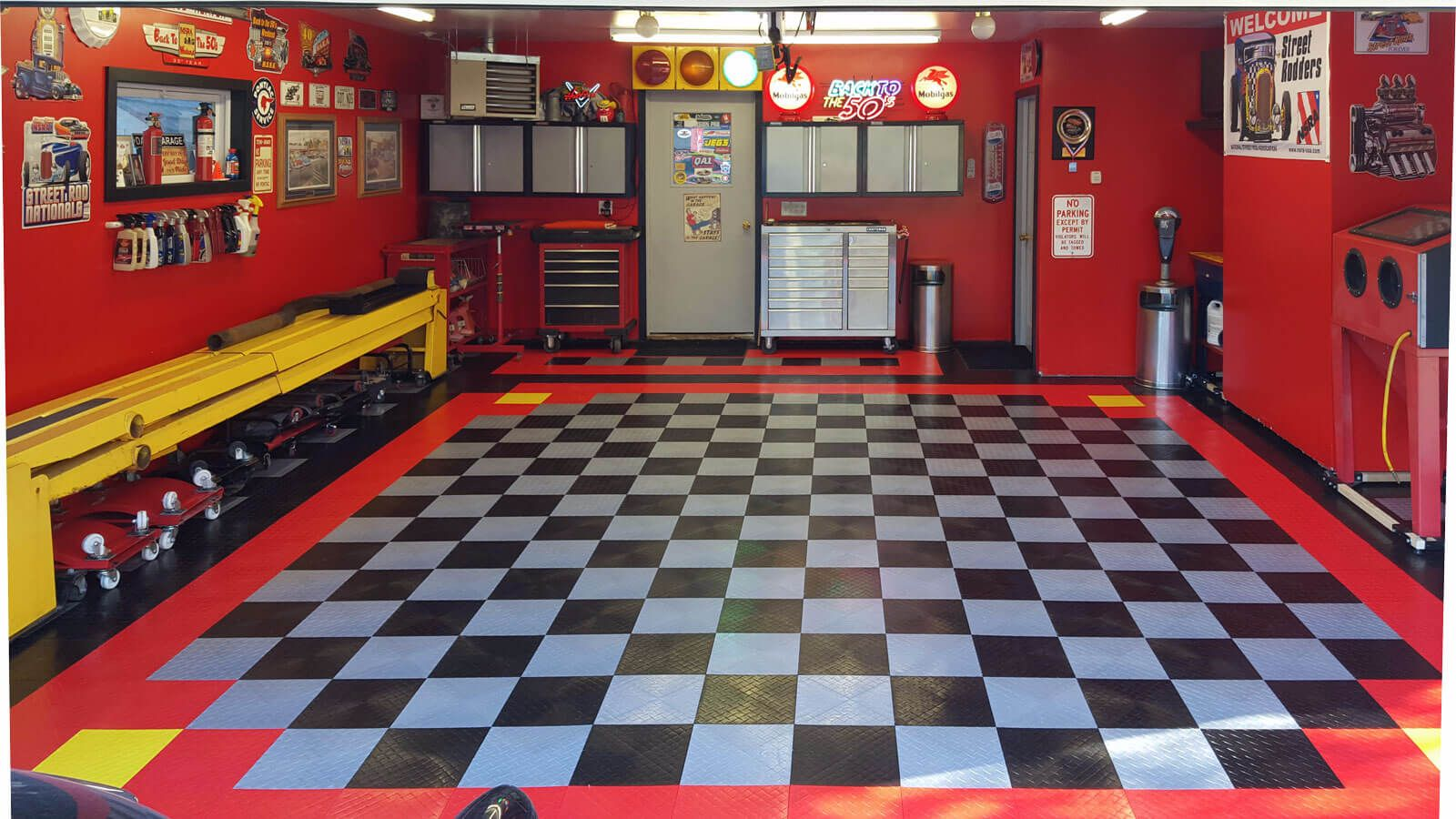 Racedeck diamond red alloy black and yellow click here for more how to choose garage flooring tiles rolls epoxy more your definitive guide to choosing the best garage flooring at the best price dailygadgetfo Images