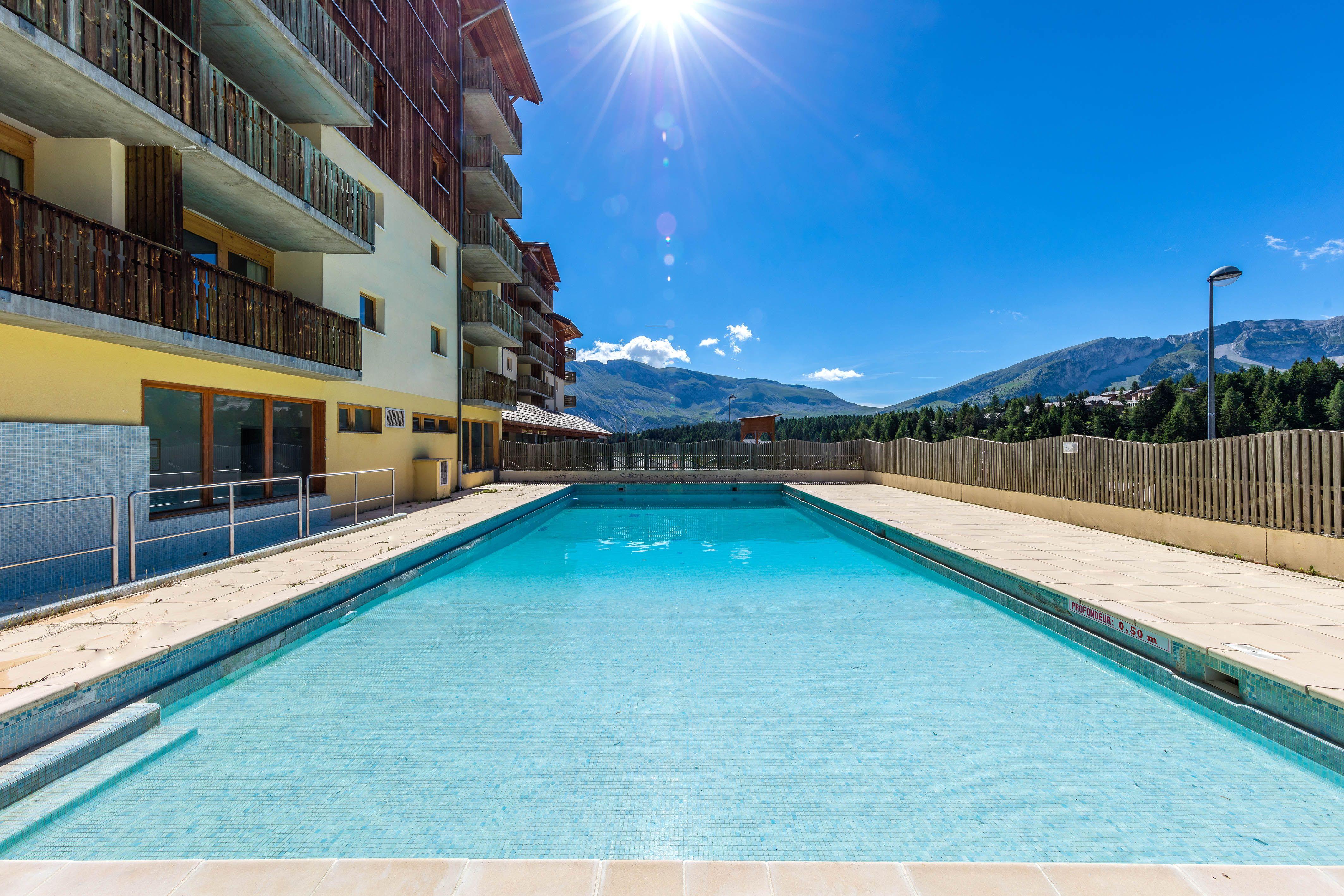 Une r sidence 3 toiles avec piscine robert palomba - Residence vacances var avec piscine ...