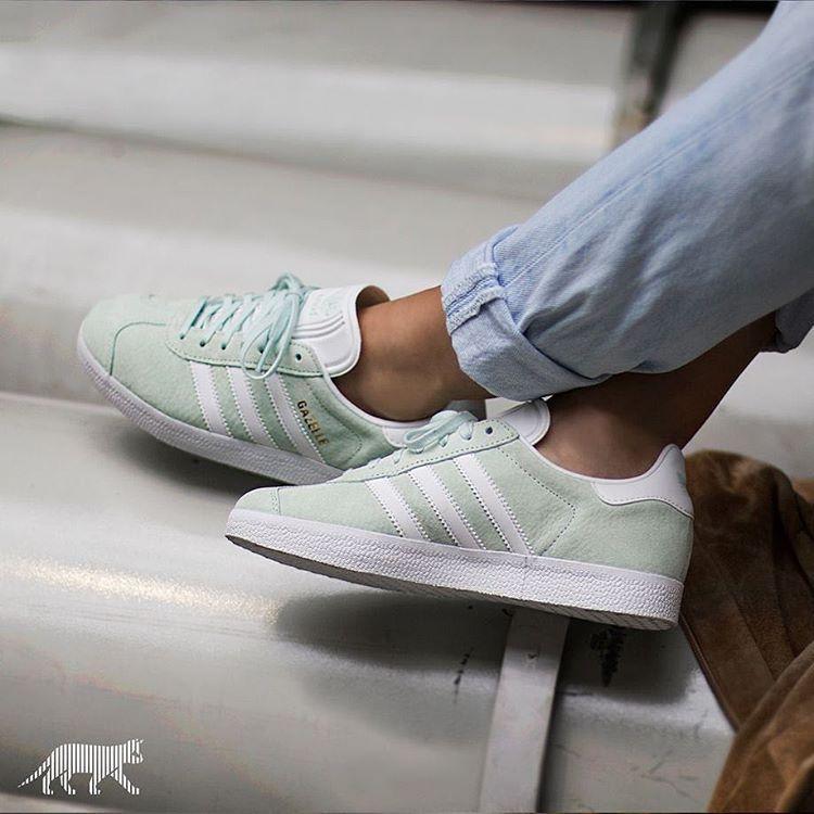 Sneakers femme - Adidas Gazelle Ice Mint (©asphaltgold_sneakerstore)